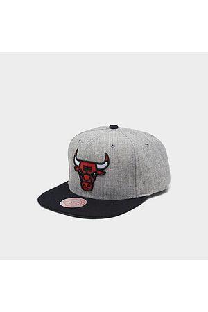 Mitchell And Ness Mitchell & Ness Chicago Bulls NBA Heathered Grey Hardwood Classics Pop Snapback Hat Acrylic/Wool