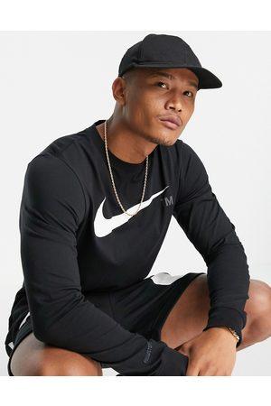 Nike Nike Swoosh Pack long sleeve t-shirt in