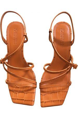 Mercedes Castillo Leather sandal