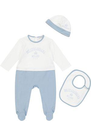 Dolce & Gabbana Printed cotton onesie, bib and hat set