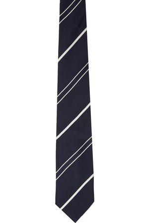 Doublet & White Stripe Shape Memory Tie