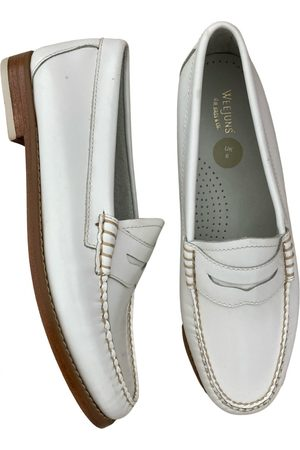 Bass Weejuns Leather flats