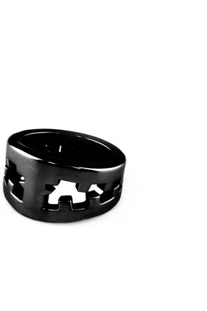Artisanal Black Stainless Steel Icebreaker Ring Shiny Men Tissuville
