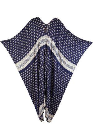 Neola Women Necklaces - Alphabet R Necklace