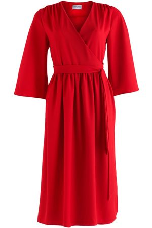 Women's Red Crepe Pearl Wrap Dress With Kimono Sleeve In Small COCOOVE