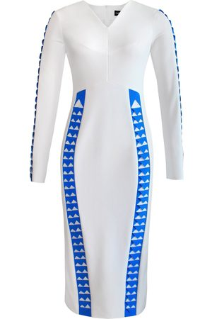 Women's Artisanal White Full Sleeve Chevron Detail Pencil Dress XS L'MOMO