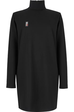 Women's Non-Toxic Dyes Black Fabric Modest Silhouette Dress With High Collar Medium 2RU2RA
