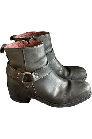 RUSSELL & BROMLEY Women Biker Boots - Leather biker boots