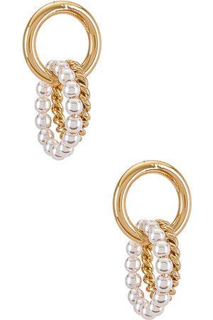 Ettika Pearl Linked Hoop Earring in Metallic .