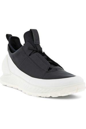 ECCO Women's Exostrike Low Sneaker