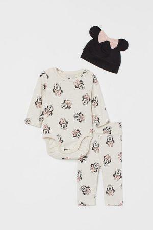 H & M Sets - 3-piece Jersey Set