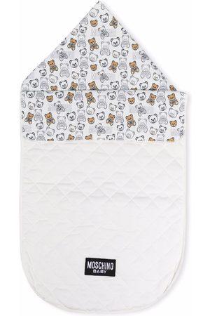 Moschino Kids Teddy-print quilted sleep bag