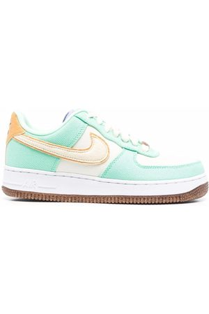 Nike Air Force 1 07 LX low-top sneakers