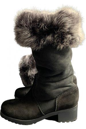 Donna Karan Snow boots
