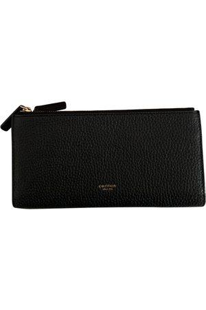 Oroton Leather clutch