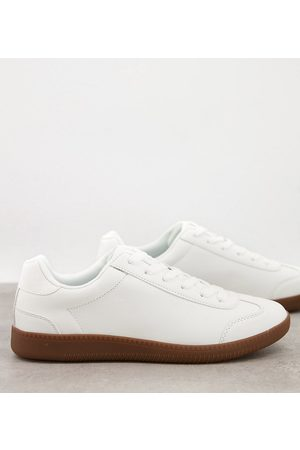 ASOS Men Lace-up Boots - Lace up sneakers in faux suede with gum sole