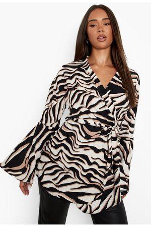 Boohoo Womens Printed Belted Flare Sleeve Kimono - - 2