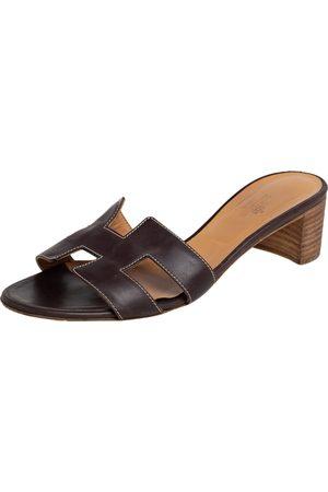 Hermès Dark Leather Oasis Slide Sandals Size 38.5