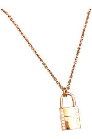 Hermès Amulette pink necklace