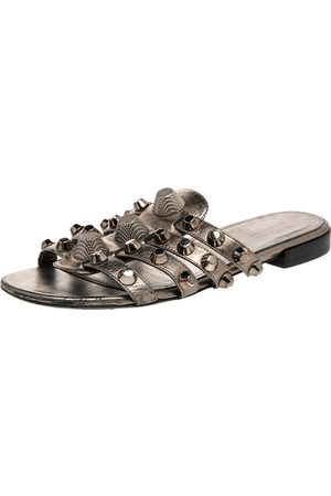 Balenciaga Gris Leather Arena Studded Flat Sandals Size 36