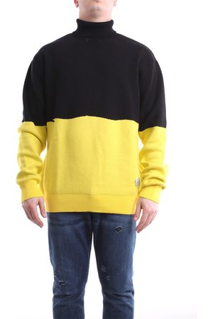 Les Costumes Knitwear High Neck Men Black and yellow