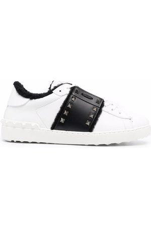 VALENTINO GARAVANI Men Sneakers - Open low-top sneakers