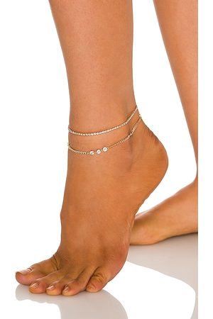 Ettika Chain Anklet in Metallic .