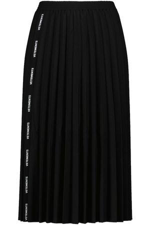Vetements Logo pleated skirt