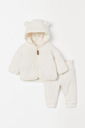 H&M Sweaters - 2-piece Fleece Set