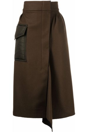Moncler Pocket-detail asymmetric midi skirt