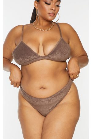PRETTYLITTLETHING Plus Towelling Bikini Bottoms