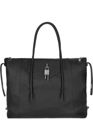 Givenchy Large antigona lock soft bag U