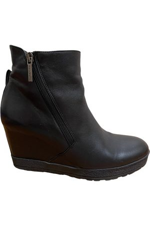 Roberto Botticelli Leather ankle boots