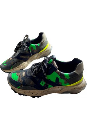 VALENTINO GARAVANI Men Sneakers - Bounce leather low trainers
