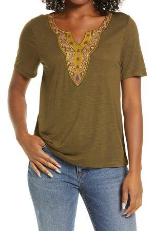Bobeau Women's Embroidered Neck T-Shirt