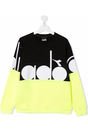 Diadora Hoodies - Teen geometric print sweatshirt