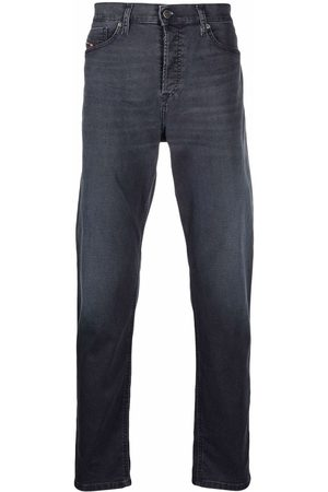 Diesel Men Straight - Logo-patch straight-leg jeans