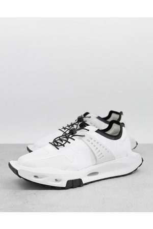 ASOS DESIGN Sneakers with angular sole in