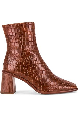 ALOHAS West Cape Boot in .