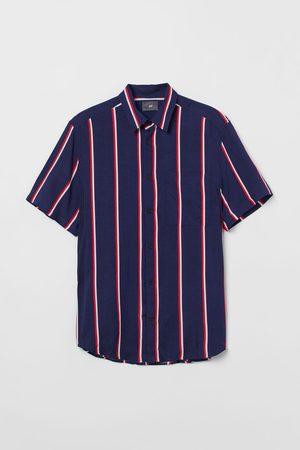 H&M Regular Fit Short-sleeve shirt
