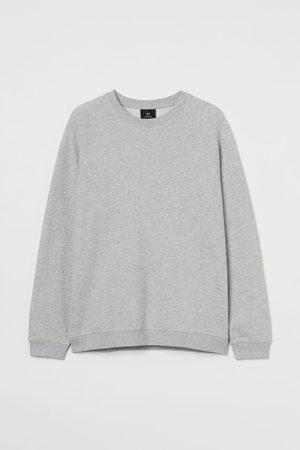 H & M Men Sweatshirts - Regular Fit Sweatshirt