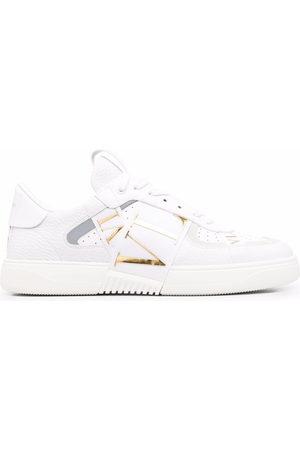 VALENTINO GARAVANI Men Sneakers - VL7N low-top sneakers