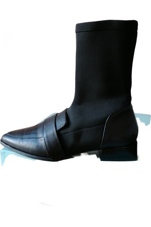 Angel Alarcon Leather ankle boots