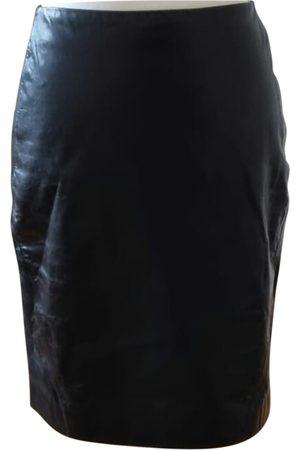 Lorena Antoniazzi Leather mid-length skirt