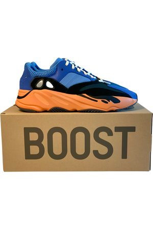 adidas Boost 700 V1 low trainers
