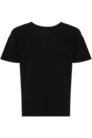Issey Miyake Men Short Sleeve - Plissé-detail short-sleeved T-shirt