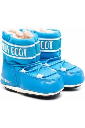 Moon Boot Kids Crib 2 boots