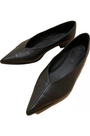 Billi Bi Leather ballet flats
