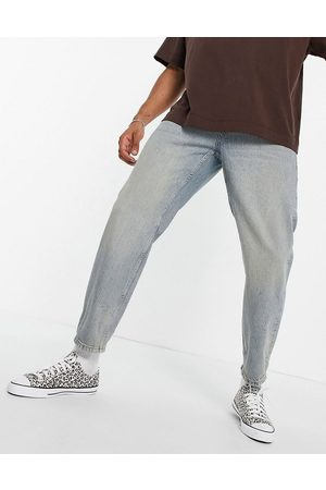 Topman Relaxed jeans in light wash with tint-Blues
