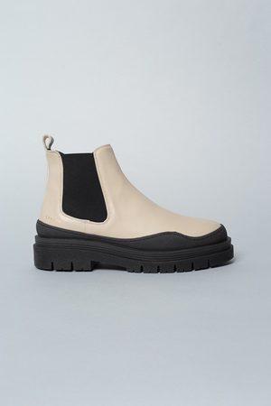 Copenhagen Shoes StudionCPH735 Boot in Vitello Nature